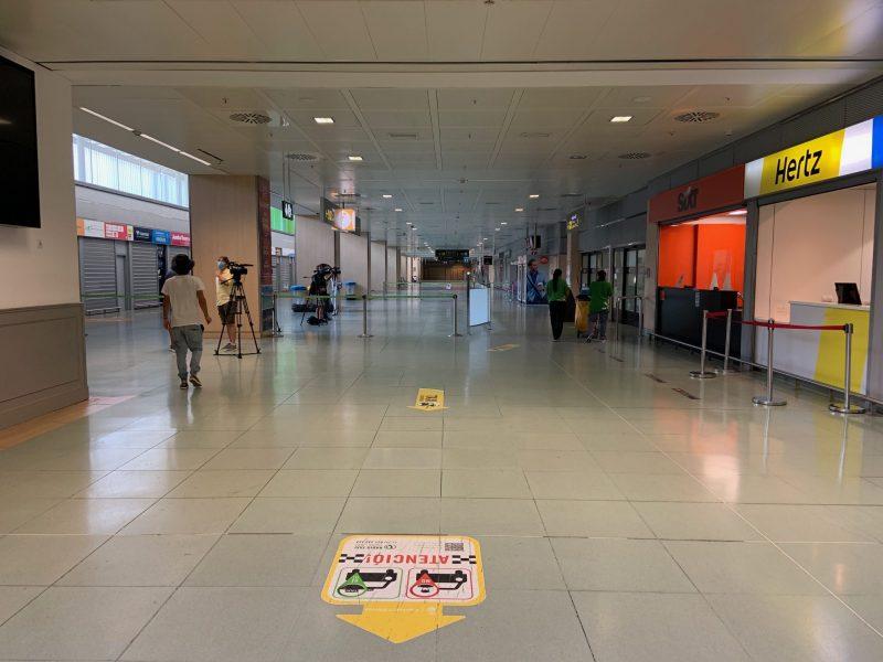 El aeropuerto de Ibiza, vacío por la crisis de la COVID-19.